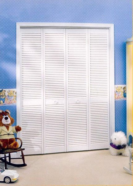 Louvered & Louver Closet Door