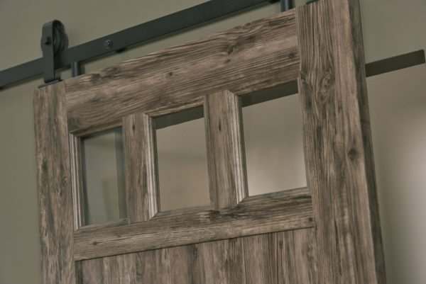 PVC Barn Door G Weathered Gray Detail Glass